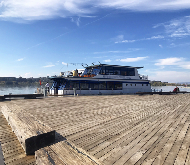 Cruise, Canberra, Lake Burley Griffin, MV Southern Cross, tours