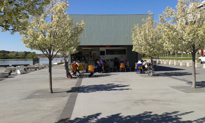 Doms coffee bar and gelato, free school holiday activities for kids, bike riding along lake burley griffin, canberra, things to do in canberra with kids,