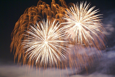 Head to beautiful Mooloolaba for the fireworks at 8.30pm and midnight/Image by Vironevaeh
