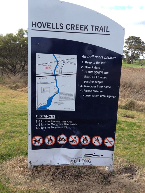 Hovells Creek Trail, the beginning of the track