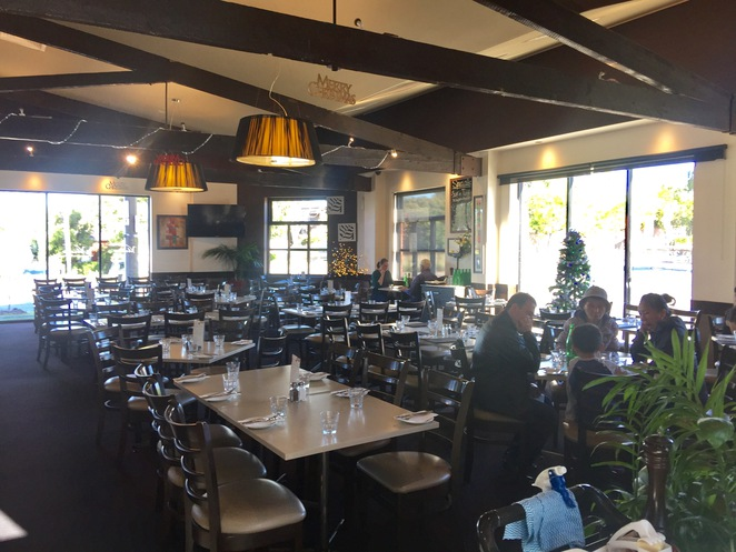 Italian Restaurant, Lunch, Dinner, coffee and cakes, gluten free, child friendly, Extensive dinner menu, licenced bar and restaurant, function rooms,