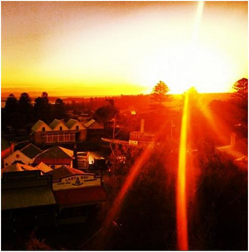 Warrnambool summer sunset, via The Laneway Bar's webpage.