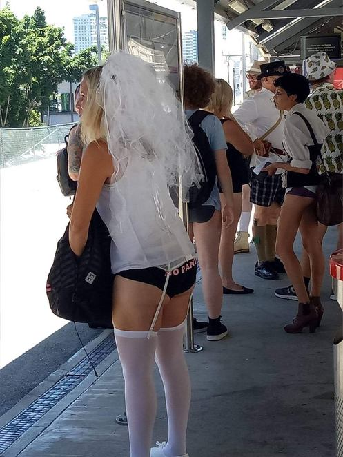 Pantless,bride