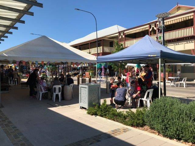 Sixth Street Market, Murray Bridge, Murray Bridge Art Gallery, Artisan BBQs, craft, coffee, kids' activities