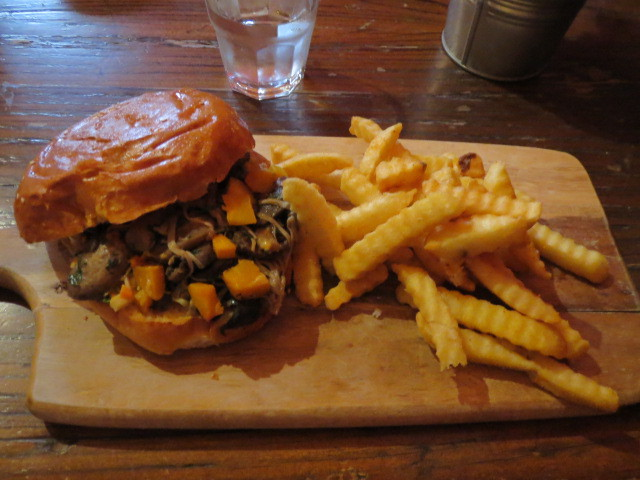 The Duke of York Hotel, Mushroom Burger, Adelaide