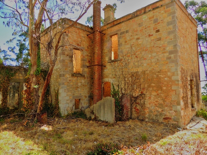 about south australia, adelaide hills, national trust sa, about adelaide, historic properties, abandoned mansions, cleland conservation park, arthurs seat, adelaide heritage