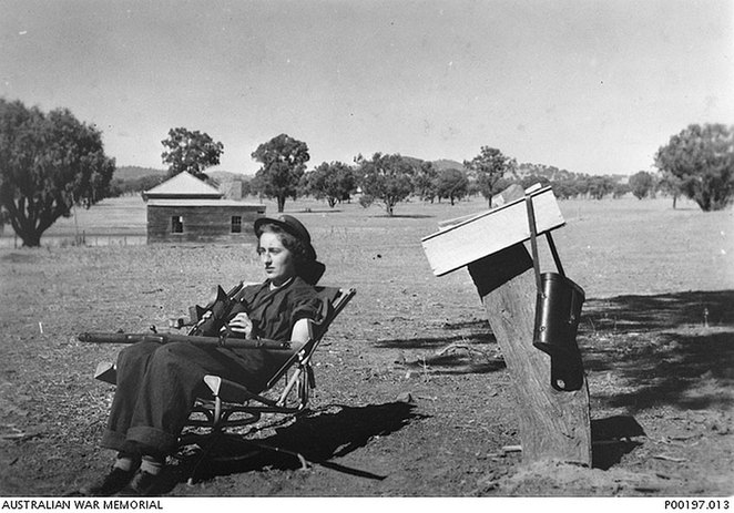 ANZAC Cottage Open Day Celebrates Women at War. Private Marjorie Porter (later marrying Sgt Ivor Williams) from the AWAS engaged in aircraft spotting training near Wagga, NSW, during WW II (Australian War Memorial P00197.013).