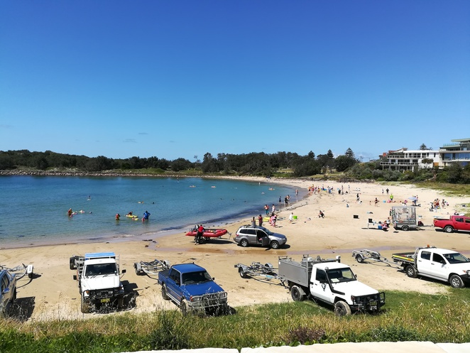 boat harbour, boat ramps, nelson bay, port stephens, out to the ocean, fishing, spear fishing, NSW, anna bay,