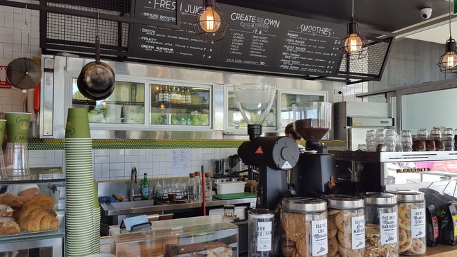 Little Collins Freshwater, Freshwater, Outpost Espresso, Collaroy, brunch, all day brunch, coffee, Campos coffee, kids menu, family-friendly dining, beachside cafe, cafe, gourmet, mothers groups, muffins, new cafe, Northern Beaches, foodies