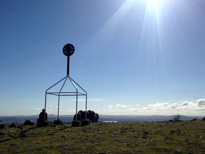 mount taylor, canberra, walking trails, ACT, walks, short walks, uphill walks, canberra nature park,