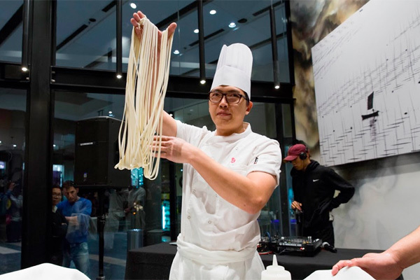 noodle pulling, Chef's Gallery