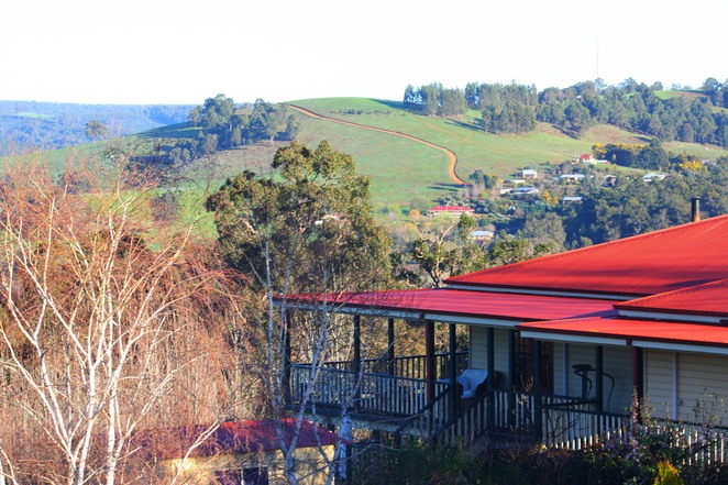 oakfield, balingup, bed and breakfast, views, valley