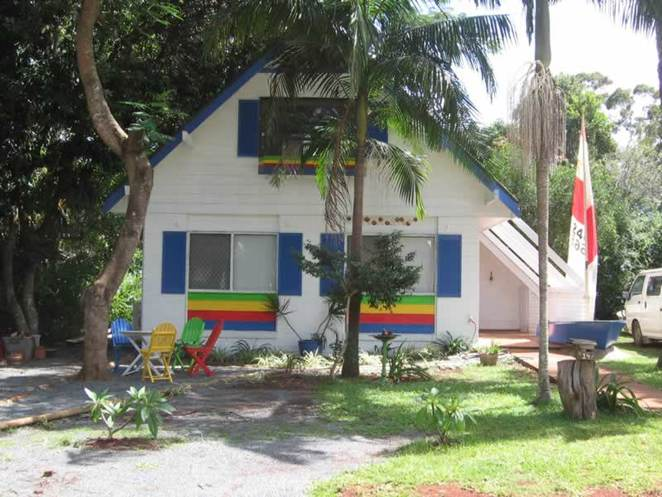 quirky, cottages, accomodation, coochiemudlo island