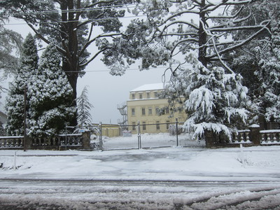 The Hydro majestic during october spring snow in the Blue Mountains