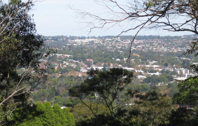 Toowoomba residential from Warana Ave Reserve Lookout
