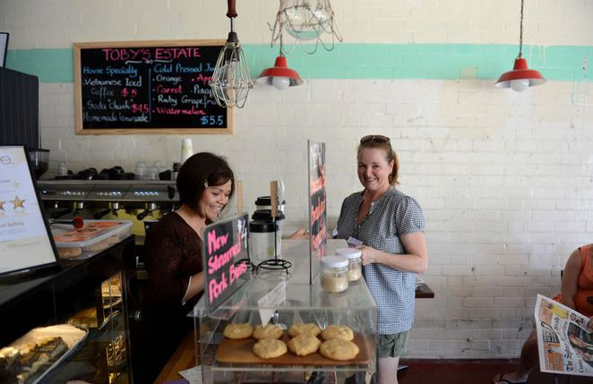 cafe, food, annerley, eat, coffee, breakfast, lunch, snacks, cakes