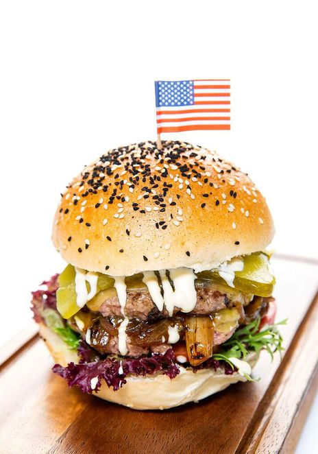 Image courtesy of Stamford Plaza Hotel - The American Burger