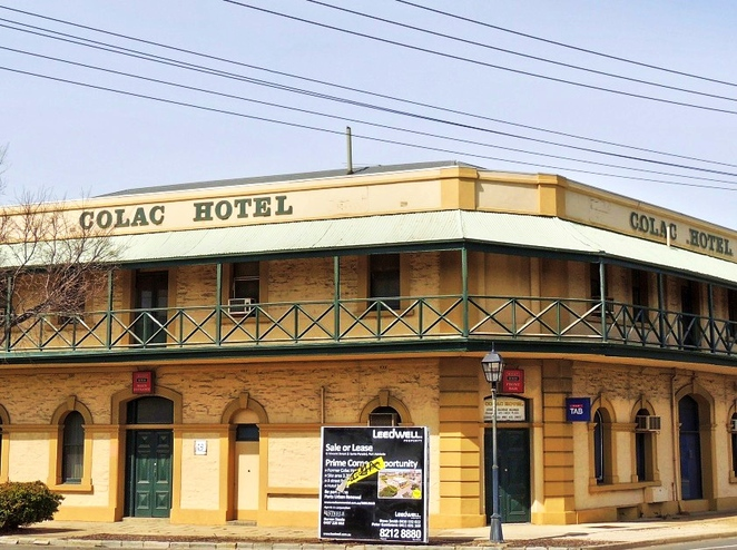 lost icons of adelaide, in adelaide, things to do in adelaide, heritage building, adelaide history, derelict theme park, picture theatres in adelaide, hotels in adelaide, south australia, colac hotel port adelaide