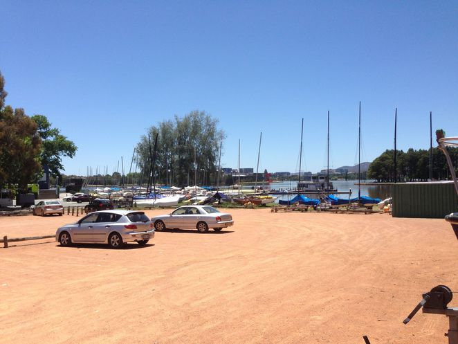 lotus bay sailing yacht club attunga point canberra yarralumla bushland lake burley griffin
