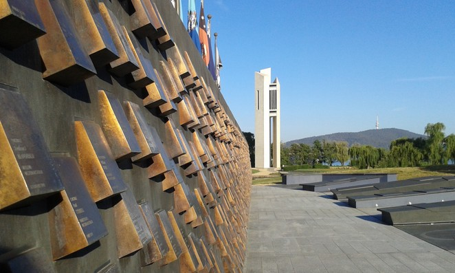 national carillon, national police memorial, boundless, canberra, ACT, walks, RG Walk, Lake Burley Griffin Circuit, ACT,