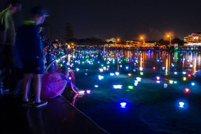 wading pool wynnum foreshore illumination festival lights night