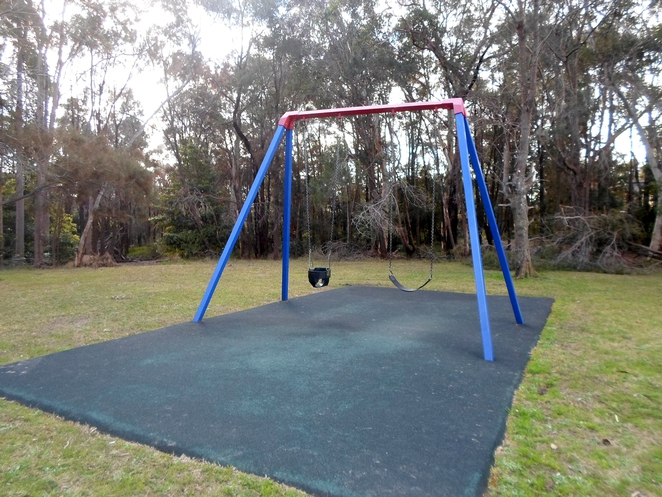 western crescent park, westleigh parks, westleigh playgrounds