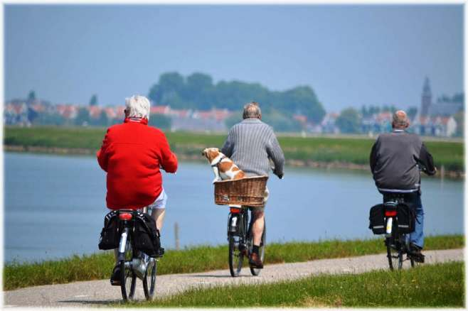 active old people, healthy elders, elders cycling