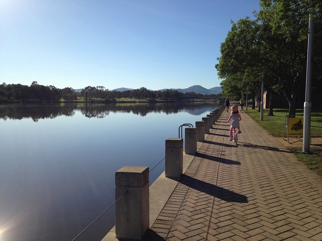 lake tuggeranong circuit, bike paths, running paths, tuggeranong park run, canberra, greenway, milligram cafe, tuggeranong hyperdome,