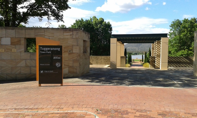 Tuggeranong Town Park, canberra, ACT, Canberra playgrounds, Tuggeranong, parks and reserves in ACT,