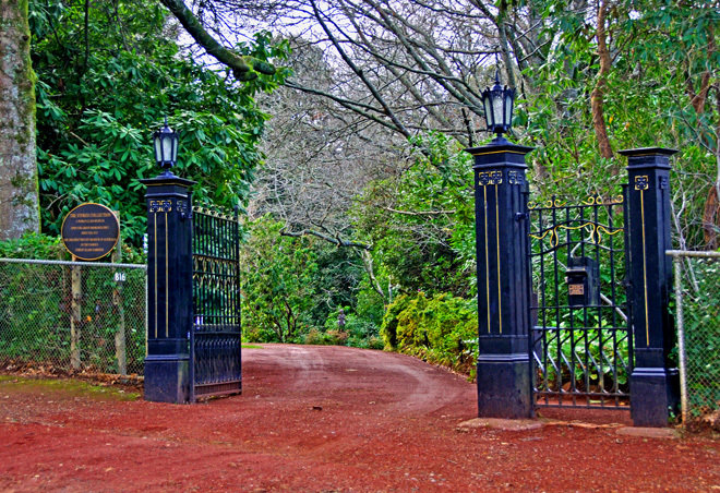 Victoria Melbourne Mount Macedon Spring Garden Gardens Museum Museums Antiques Artworks Tour Tours Travel Get Out Of Town Escape The City