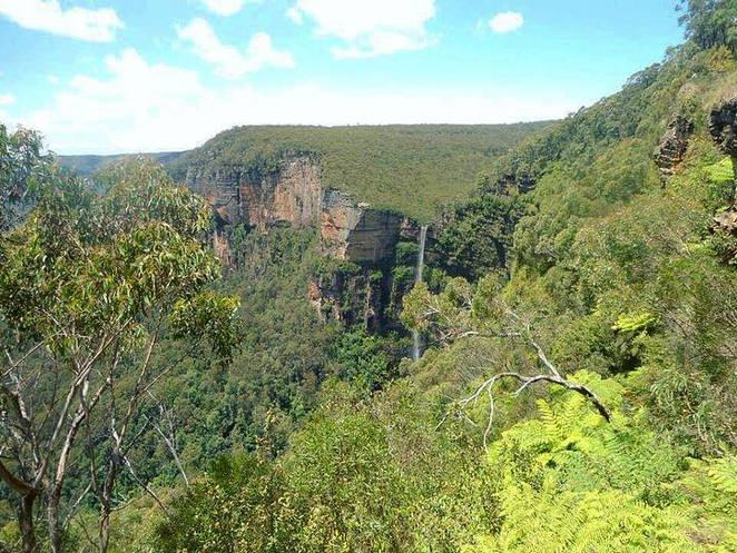 bridal veil falls, waterfall, blackheath, blue mountains, great western circuit, escape the mountains, roadtrip, nsw