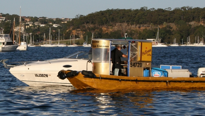 coffee boat, garry white, middle harbour, icecream, drinks