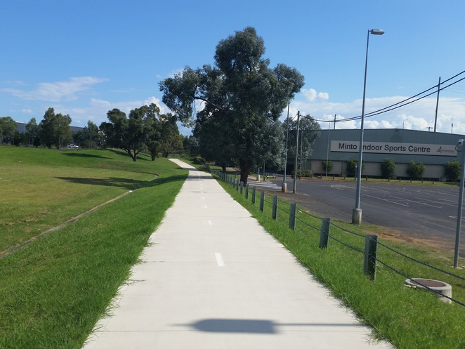 Coronation Park Netball Complex, minto, netball courts, walking track, minto indoor sports complex