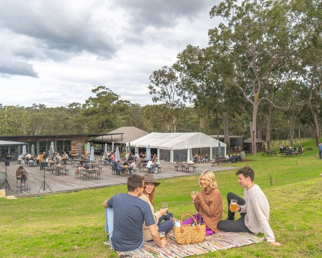 murrays brewery, bobs farm, murrays, brewery, winery, port stephens, nelson bay, NSW, lunch, beers,