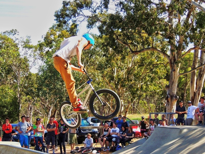 skate parks, karinya reserve, skate parks around adelaide, south of adelaide, in adelaide, mitcham council, youth fest 14, live entertainment, fun things to do, bmx jumps