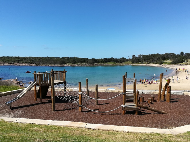 boat harbour, playground, BBQ areas, family, swimming, fishing, things to do, whale watching walk, kids, nippers, picnic tables, local beaches, fishing, boat ramps, NSW, port stephens, nelson bay