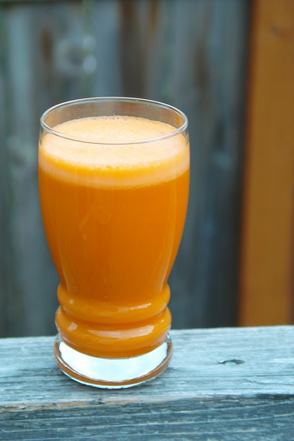 carrot juice, raw juice, vegetable juice, carotene, healthy drinks, nutrient drinks,