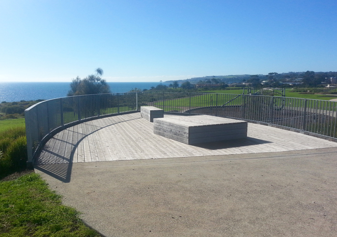 Curlewis, Baywater Estate Curlewis, Playground, Lookout, Picnic spot, Places for picnics, grass reserve, adrian Mannix Reserve, Walking track,