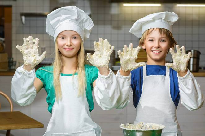 foodish cooking school, cooking classes, kids cooking, canberra, school holidays, parties, ACT, kids, childrens,