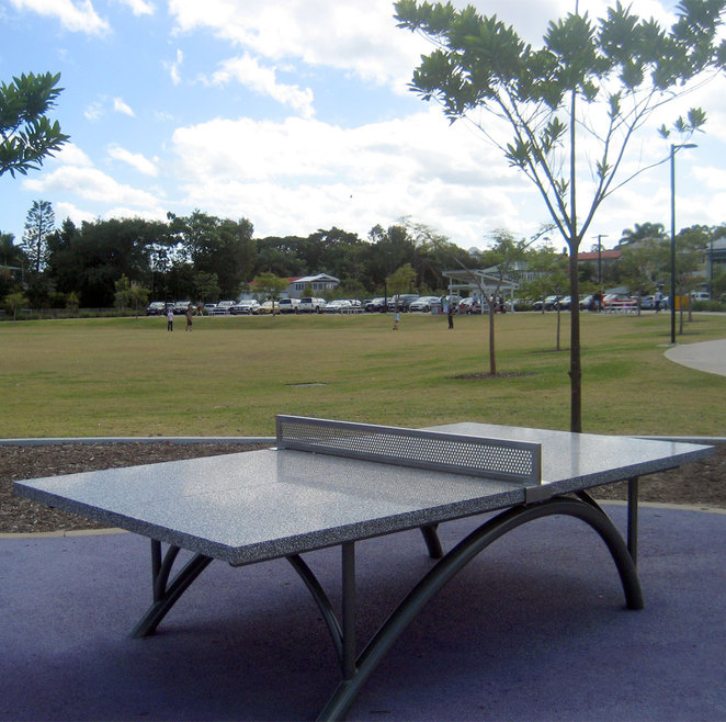 Free permanent table tennis table in Frew Park