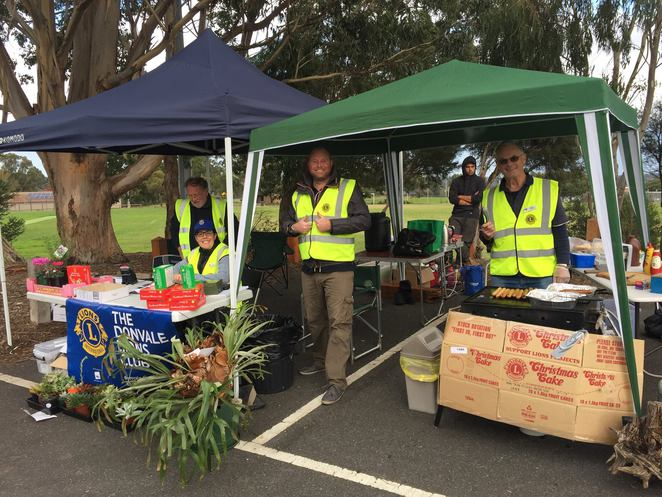 Lions club, sausage sizzle, Christmas cakes, grab a bargain, charity, fundraiser, Donvale, Cricket club