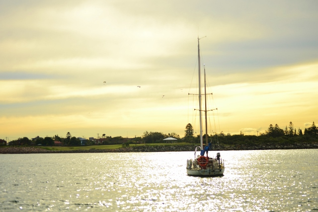 Newcastle, newcastle harbour, sail boat, yaucht