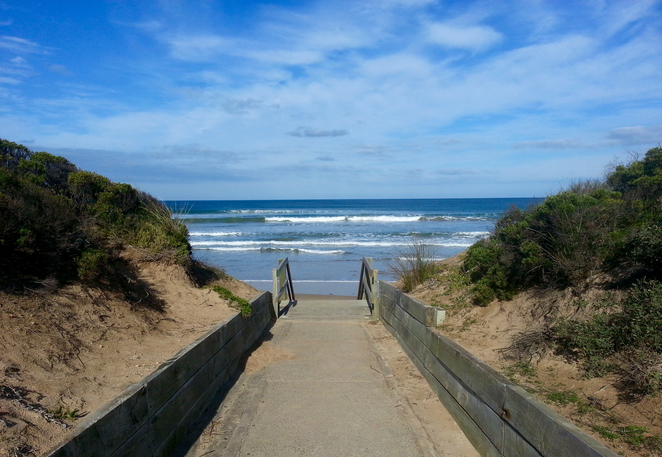 Ocean Grove, Rotunda, BBQ area, public barbecues, surf beach road, picnic area, picnic spot, beach, pathway, beach access,