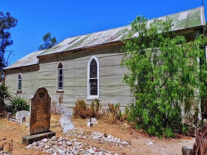 tailem town, ghost adventures, history of south australia, ghost tours, old tailem town, holiday in sa, about south australia, tourism, tailem bend, methodist church