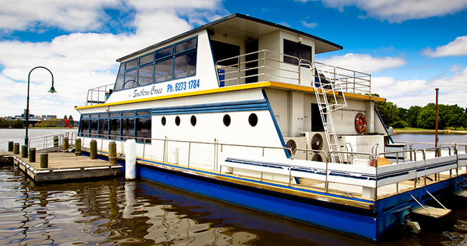 valentines day 2016, canberra, ACT, southern cross crusies, canberra, romantic, dinners, cruises,