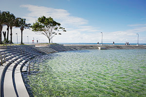 beach, brisbane beaches, how to stay cool in the heat, how to stay cool in brisbane 6 ways to stay cool in Brisbane, beautiful brisbane beaches