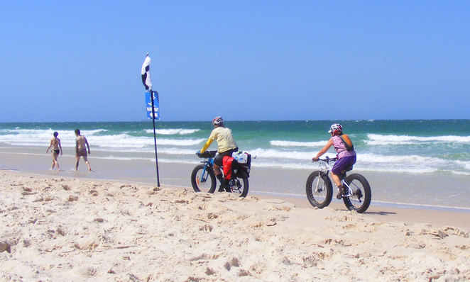 Woorim provides a long straight beach that is great for beach cycling