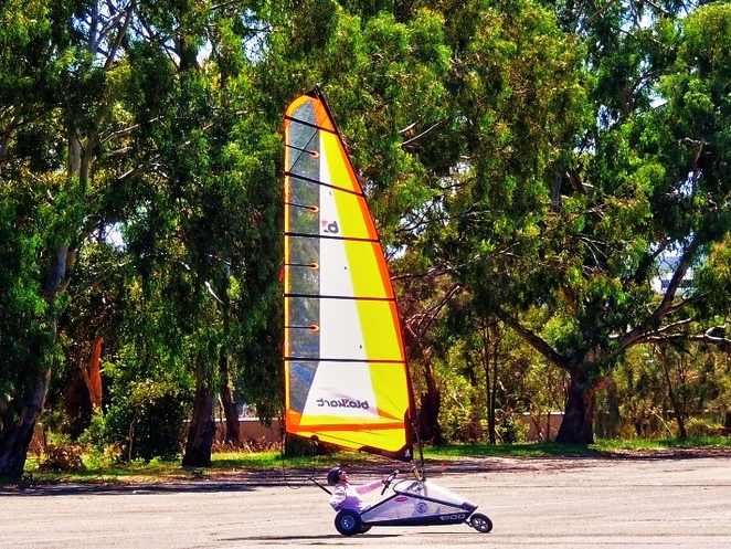 blokarting in australia, blokarting in adelaide, blokarting, adelaide city council, south parklands, land sailing, in adelaide, come and try, shooting the breeze
