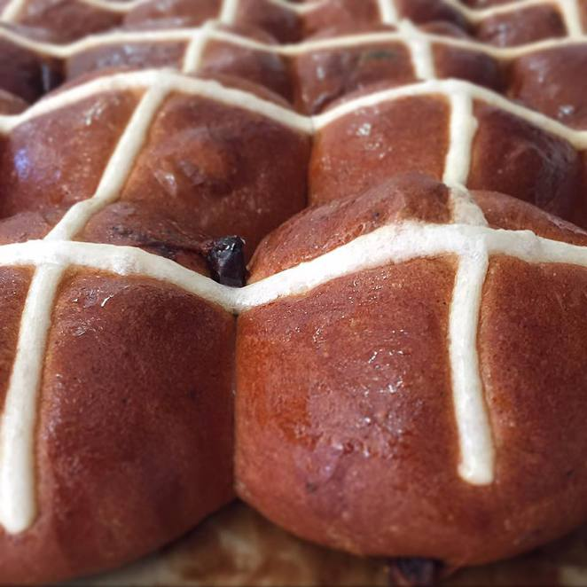 hot cross buns brisbane,best hot cross buns brisbane,top hot cross buns brisbane,Jocelyn's Provisions,Flour & Chocolate,Crust & Co,Cake & Bake,Sol Breads,hot cross buns vegan,best hot cross buns brisbane cbd