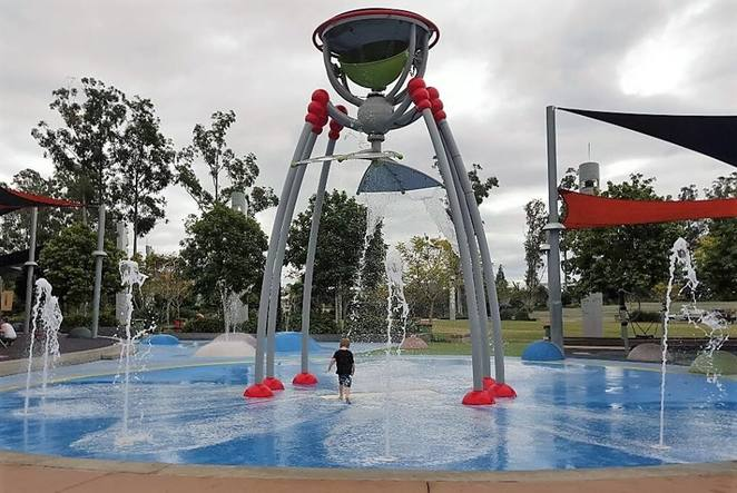Ipswich, Robelle, water play, park, kids